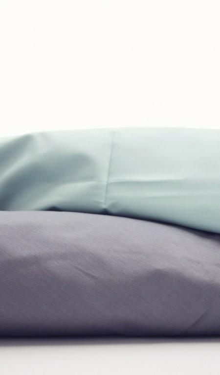 Sengetøj i bomuldssatin. Laves både til juniordyne og til babydyne. smukt dansk design