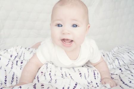 smukt blødt sengetøj i bomuldssatin, organic cotten, baby bed linen, bomuldssatin til baby, junior sengetøj og babysengetøj i organisk bomuld
