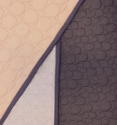 smukt legetæppe og baby tæppe i quilt fra lehof