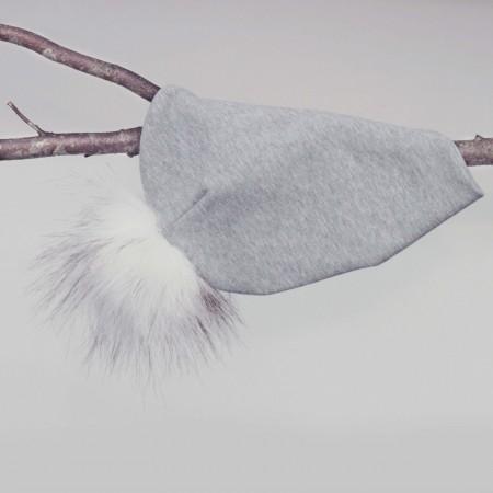 lehof beanie med aftagelig kvast- huen er i økologisk bomuld
