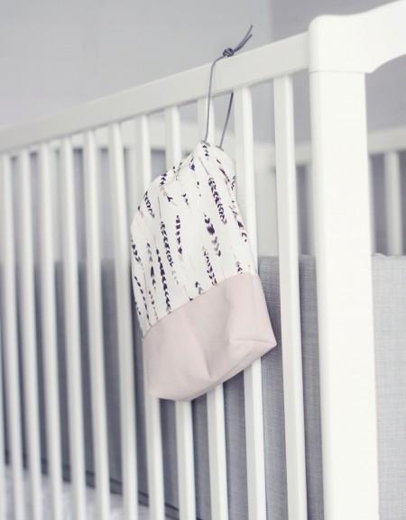 suttepose til tremmesengen fra lehof. den kan også bruges som frugtpose eller lille pusletaske