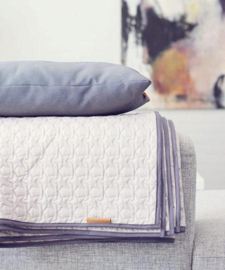 quiltede tæpper med stjerne. kan laves i både legetæppe og som tæppe til stuen