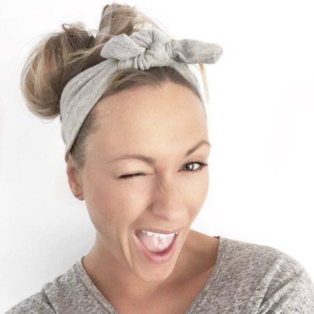 fromthebloch på instagram viser hendes fine hårbånd fra lehof